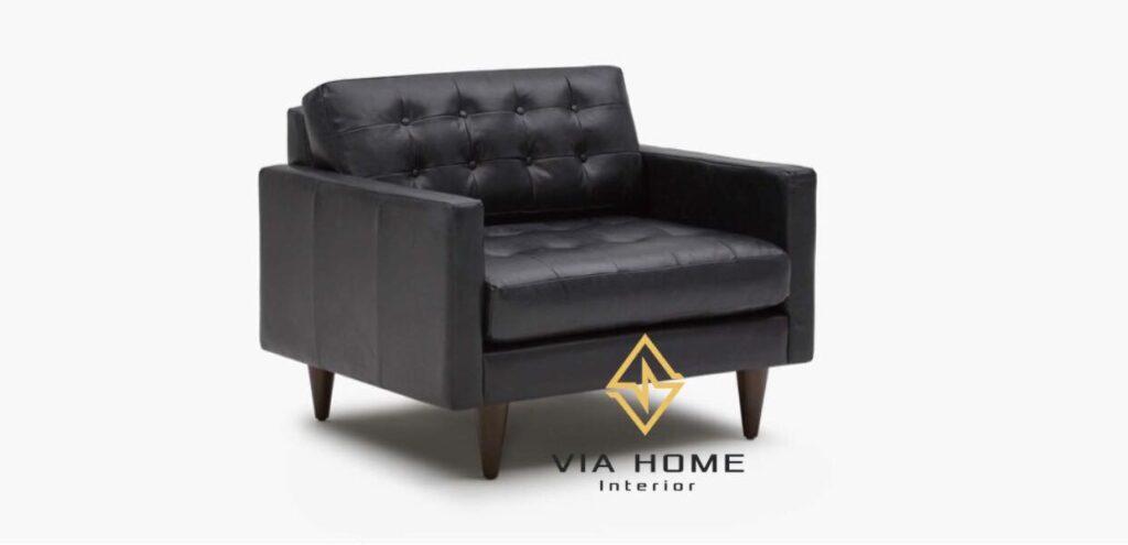 Sofa đơn bằng da mang lại cảm giác sang trọng cho căn phòng